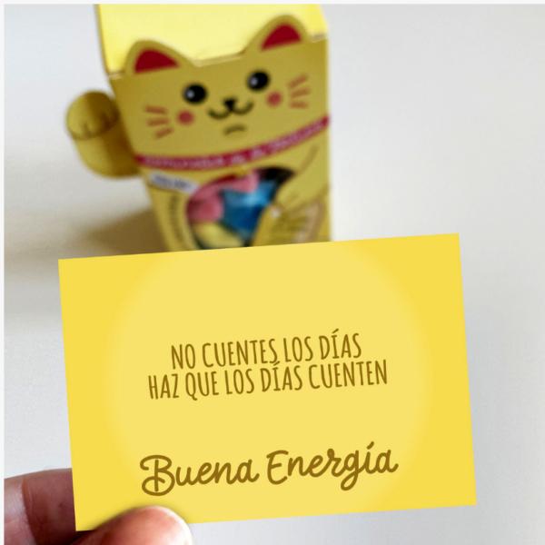 """Maneki Neko de gominolas de la fortuna """"Buena Energía"""" Designer Souvenirs"""